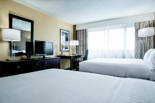 Nashville Airport Hotel Photo