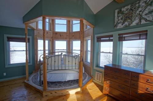 Sunrise Cottage on Lake Huron, House at Saint Ignace Photo