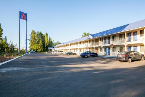 Motel 6 Ferndale Photo