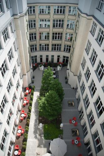 Adina Apartment Hotel Berlin Checkpoint Charlie photo 25