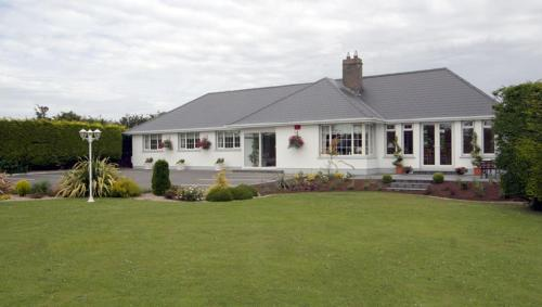 Photo of Fairlawns Bed & Breakfast Hotel Bed and Breakfast Accommodation in Dundalk Louth