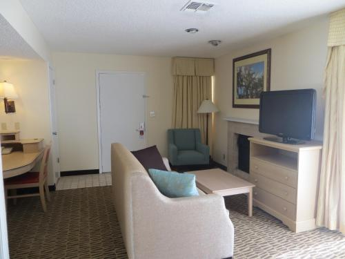 Hawthorn Suites By Wyndham Orlando International Drive photo 3