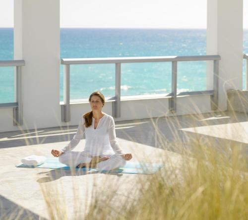 Carillon Miami Wellness Resort Photo