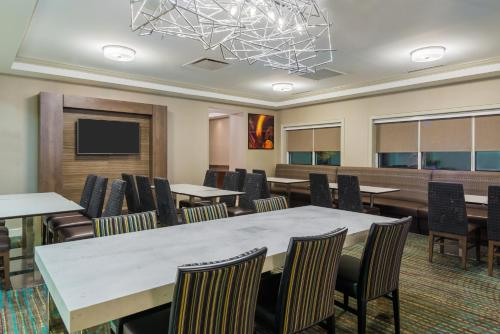 Residence Inn Charlotte SouthPark Photo