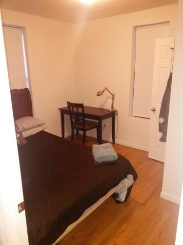 Hotel One Bedroom Apartment - Avenue B thumb-3