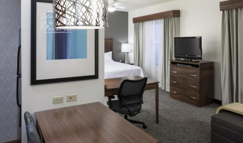 Homewood Suites by Hilton Phoenix North-Happy Valley photo 25