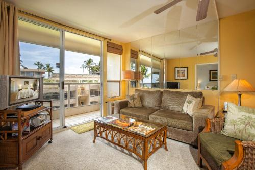 Maui Banyan by Maui Condo and Home Photo