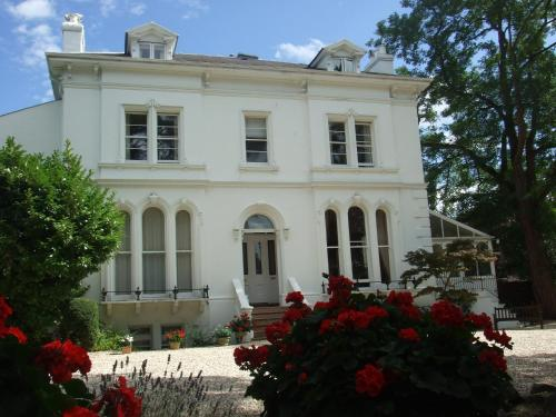 Photo of Lypiatt House Hotel Bed and Breakfast Accommodation in Cheltenham Gloucestershire