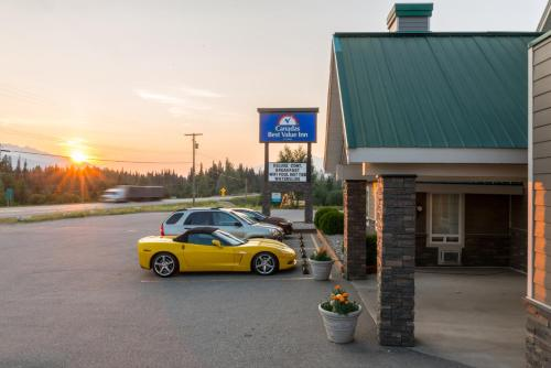Canadas Best Value Inn Valemount Photo