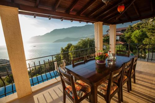 Kas Villa Fleming A Sea View Paradise odalar