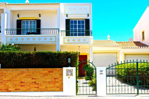 holidays algarve vacations Lagos Bella & Gordinho GuestHouse