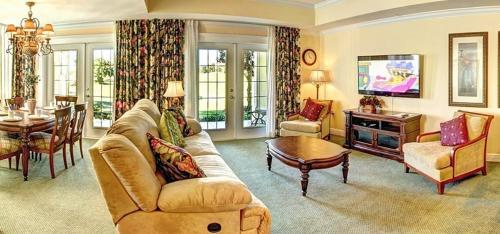 Tropical Treasure Condo at Reunion, with Golf Course View Photo