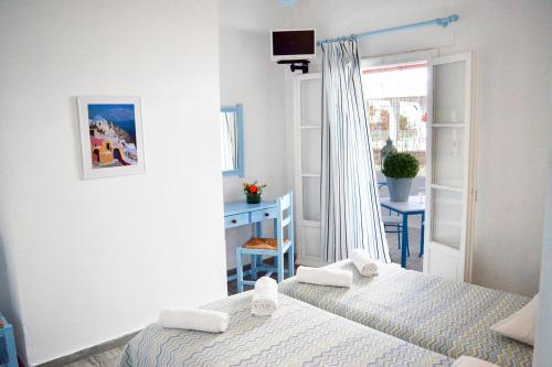 Kostas Teacher Apartment - anti-paros -