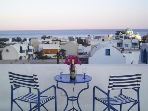 Ancient Thera Studios - Santorini Hotels