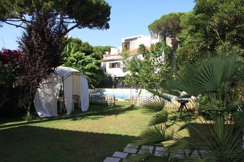White House Cascais (Bed & Breakfast)
