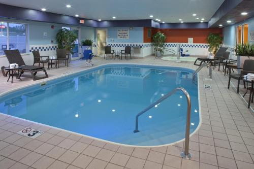 Fairfield Inn by Marriott Richmond Photo