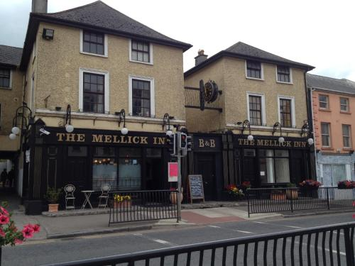 Hotels Near Kildare Village Shopping Outlet