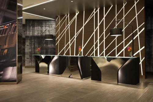 Renaissance Chicago, A Marriott Luxury & Lifestyle Hotel photo 25
