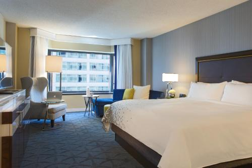 Renaissance Chicago, A Marriott Luxury & Lifestyle Hotel photo 30