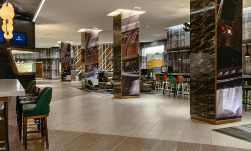 Renaissance Chicago, A Marriott Luxury & Lifestyle Hotel photo 32