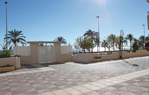 Hotel One-bedroom Apartment Benicasim With Mountain View 01 thumb-3