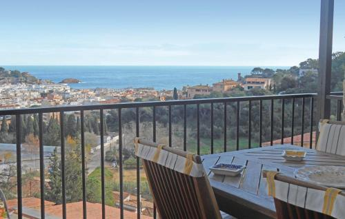 Hotel Two-bedroom Apartment Tossa De Mar With Mountain View 05