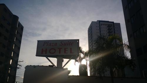Plaza Suite Hotel Photo