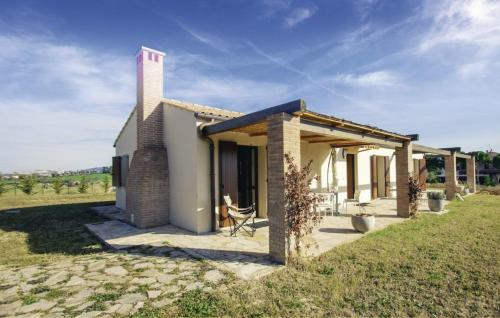 Prezzo Three-Bedroom Holiday home Osimo with a Fireplace 09 Osimo