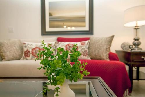 Emerald Holiday Home Photo