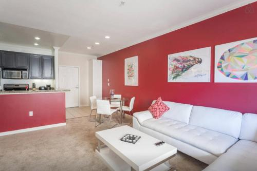 Central Apartment Near The Grove - Los Angeles, CA 90036