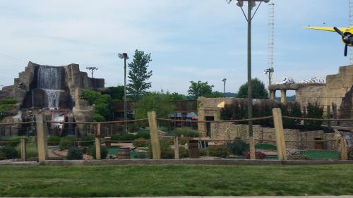 Multi Resorts at Branson Photo