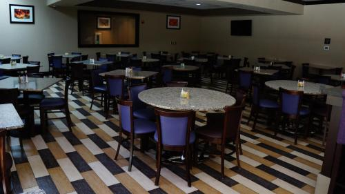 Best Western PLUS Dallas Hotel & Conference Center photo 43