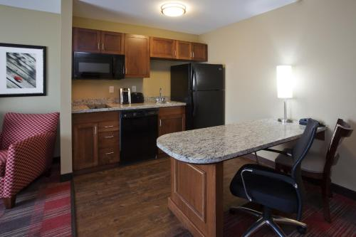 GrandStay Hotel and Suites - Tea/Sioux Falls Photo