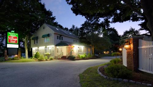 Wren 39 s nest village inn portsmouth nh united states overview for Hotels in portsmouth with swimming pool