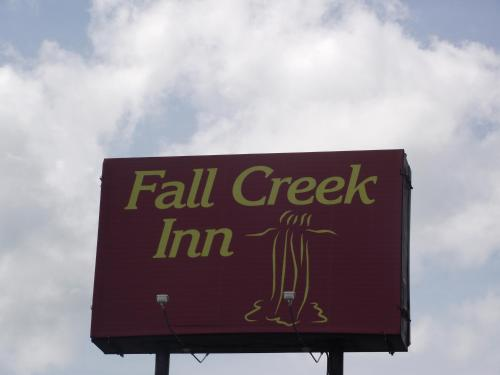 Fall Creek Inn Photo