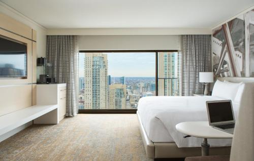 Chicago Marriott Downtown Magnificent Mile photo 19