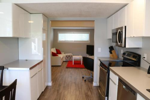 Lovely House for 2 Families - Calgary, AB T2Y 2J7