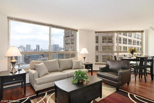 Corporate Suites Network - 555 W. Madison - chicago -