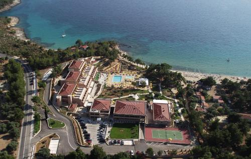 Royal Paradise Beach Resort & Spa in thassos - 5 star hotel