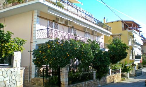 Villa Maria - 18, Agion Anargyron str. Greece