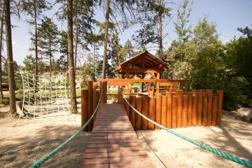The Outback Lakeside Vacation Homes Photo