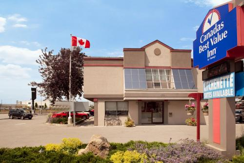 Canadas Best Value Inn Toronto Photo