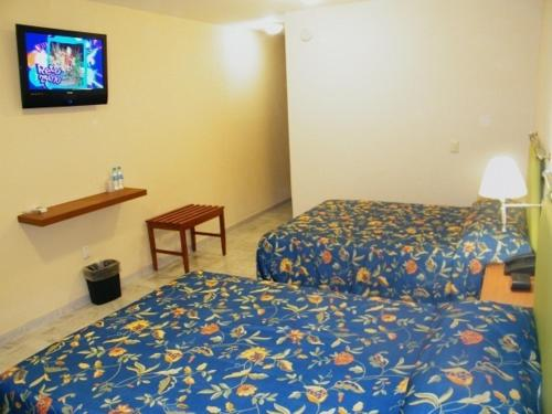 Parque Inn Hotel & Suites Photo