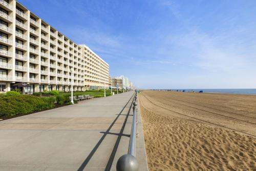 Country Inn & Suites Virginia Beach Photo