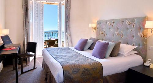 Hotel La Perouse , Nice, France, picture 17