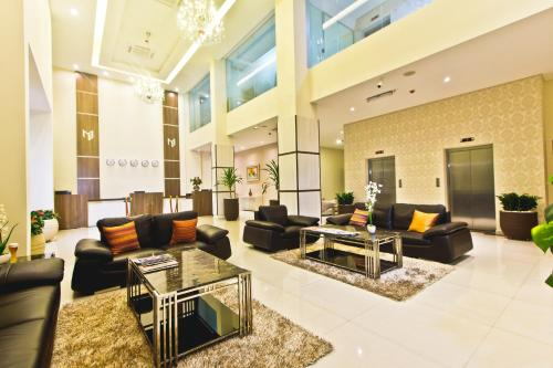 Megal suites hotel Photo