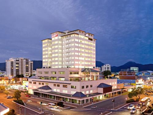 Best Western Plus Cairns Central Apartments photo 5
