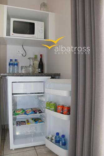 Albatross Guesthouse Photo