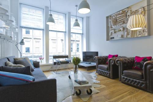 Glasgow Designer Vacation Apartment