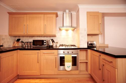 Photo of Southwark Serviced Apartments Self Catering Accommodation in Southwark London